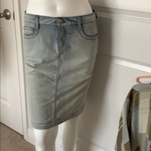 Guess denim washed out look skirt